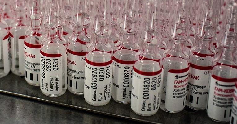 Stručnjaci za NY Times: Rusija je s cjepivom napravila opasan korak